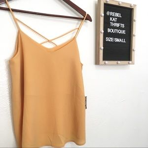 NWT Fall Yellow Top Size Small